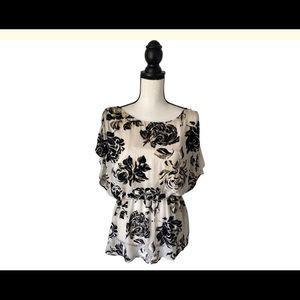 Alice & Olivia Cream & Black Velvet Top Size Large